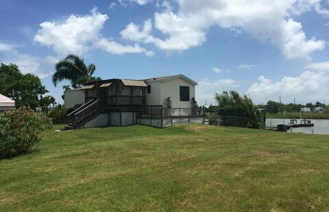 845 20th Street /  List and Sell Agent